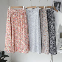 skirt Spring 2021 Average size Bo Dian Bai , Small blue flower on white background , Small white flower on black background , Orange flower on white background , Wave point black , Orange flower on white background Middle-skirt Retro A-line skirt Dot 25-29 years old 71% (inclusive) - 80% (inclusive)