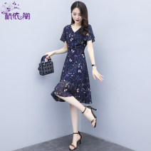 Dress Summer 2021 navy blue M L XL XXL Mid length dress singleton  Short sleeve commute V-neck High waist Broken flowers Socket A-line skirt routine Others 25-29 years old Hangyi Pavilion Korean version Multi dimensional decorative printing More than 95% Chiffon polyester fiber Polyester 100%
