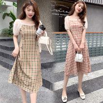 Dress Other / other Red, green M,L,XL,XXL Korean version Short sleeve Medium length summer square neck lattice polyester