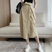 skirt Spring 2021 S, M White, Khaki Mid length dress commute High waist High waist skirt Solid color Type H 18-24 years old BQ265 51% (inclusive) - 70% (inclusive) brocade cotton Korean version