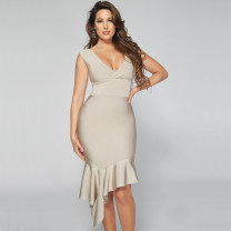 Dress / evening wear Daily, date, party, wedding, performance, adult ceremony, company annual meeting XS,S,M,L khaki sexy Middle-skirt Elastic waist Winter 2020 Self cultivation Deep collar V Bandage Rayon, heavy silk Sleeveless Celebrity bandage routine 91% (inclusive) - 95% (inclusive)