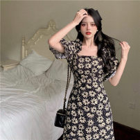 Dress Summer 2021 Broken flowers S, M Mid length dress singleton  Short sleeve commute square neck High waist Broken flowers A-line skirt puff sleeve 18-24 years old Type A Retro fold 30% and below other other