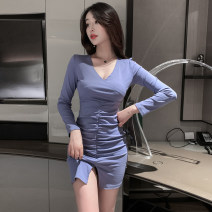Dress Winter 2020 Black, blue S,M,L,XL Short skirt singleton  Long sleeves commute V-neck middle-waisted Solid color Socket Irregular skirt routine Others 18-24 years old Type X Retro 71% (inclusive) - 80% (inclusive) knitting cotton