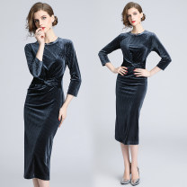 Dress Autumn 2020 7 / 3 sleeve mid length buttock skirt (gold velvet) S,M,L,XL,2XL longuette singleton  Nine point sleeve commute Crew neck middle-waisted Solid color Socket One pace skirt routine 25-29 years old lady 31% (inclusive) - 50% (inclusive) velvet other