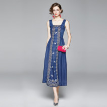 Dress Summer 2020 Denim blue M,L,XL,2XL Miniskirt singleton  Sleeveless commute square neck middle-waisted other Socket A-line skirt routine Others 25-29 years old Type A Other / other Embroidery 31% (inclusive) - 50% (inclusive) Denim cotton