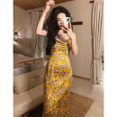 Dress Summer 2021 Yellow printing, the second batch of yellow printing XS,S,M