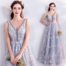 Dress / evening wear Wedding, adulthood, party, company annual meeting, performance XXL,XXXL,XS,S,M,L,XL Light grey fashion longuette middle-waisted Autumn 2020 Self cultivation Deep collar V Bandage Netting 18-25 years old Sleeveless Embroidery Angel wedding dress 96% and above Hand embroidery