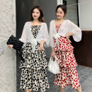 Women's large Summer 2021 Black, red Large XL, 2XL, 3XL, 4XL, 5XL Dress singleton  commute easy moderate Socket three quarter sleeve Dot Korean version Three dimensional cutting routine Beauty trends 25-29 years old Three dimensional decoration 96% and above Medium length Cake skirt