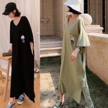 Dress Summer 2021 Black, army green L,XL,2XL longuette singleton  Short sleeve commute Crew neck Loose waist other Socket other routine Others 18-24 years old Type H Other / other Korean version pocket 91% (inclusive) - 95% (inclusive) other cotton