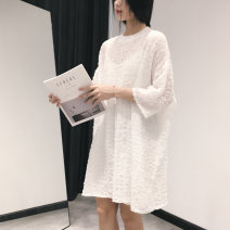 T-shirt White, black FREE SIZE Spring 2021 three quarter sleeve Crew neck easy Medium length routine commute polyester fiber 86% (inclusive) -95% (inclusive) 25-29 years old Korean version classic Solid color fold