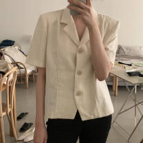 shirt Off white , Retro yellow Average size Spring 2021 other 71% (inclusive) - 80% (inclusive) Short sleeve commute Regular V-neck Single row multi button Solid color 18-24 years old Straight cylinder Korean version