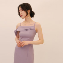 Dress / evening wear Adulthood, date, wedding, show, party, company annual meeting S,M,L Yellow, purple Simplicity Medium length High waist Summer 2021 Self cultivation Sling type zipper polyester fiber 18-25 years old D924 Sleeveless Solid color other 91% (inclusive) - 95% (inclusive)