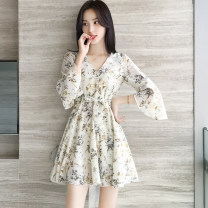 Women's large Spring 2021, summer 2021, autumn 2021 White, blue Large XL, large L, s, M Dress singleton  commute Self cultivation moderate Socket Short sleeve Broken flowers Korean version V-neck other Three dimensional cutting pagoda sleeve Q56563 MAJE BRIAN fungus 81% (inclusive) - 90% (inclusive)