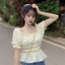 shirt White, yellow Average size Summer 2021 other 30% and below Short sleeve commute Short style (40cm < length ≤ 50cm) square neck Socket puff sleeve 18-24 years old Self cultivation Korean version Splicing