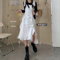 Dress Autumn 2020 White skirt, black T-shirt Average size Mid length dress Two piece set Sleeveless commute High waist camisole 18-24 years old Korean version Lotus leaf edge