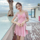 one piece  other S [recommended 80-90 kg], m [recommended 90-100 kg], l [recommended 100-110 kg], XL [recommended 110-120 kg] Yellow 2135, black 2135, pink 2135 Skirt one piece With chest pad without steel support Polyester, others female Middle sleeve Casual swimsuit Solid color
