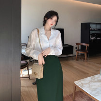 Fashion suit Spring 2021 S. M, l, average size White shirt, green skirt 18-25 years old 4.4C