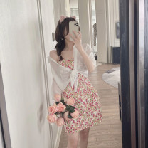 Dress Summer 2021 Color dress, white shirt Average size Short skirt Two piece set Sleeveless commute V-neck Broken flowers camisole 18-24 years old Type A Korean version backless 4.13C