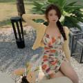 Dress Summer 2021 Floral skirt, yellow cardigan Average size Short skirt singleton  Sleeveless commute Broken flowers 18-24 years old Korean version 4.7B