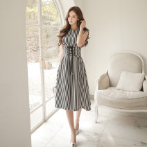 Dress Summer 2021 Black and white S,M,L,XL,2XL Mid length dress singleton  Sleeveless commute Crew neck Elastic waist stripe Big swing 25-29 years old Type A Other / other Ol style Lace up, stitching, strap, zipper A325