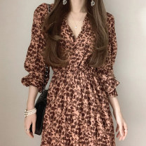 Dress Spring 2021 Yellow, dark pink Average size longuette singleton  Long sleeves commute V-neck High waist Decor Socket other bishop sleeve Others 18-24 years old Type A Korean version