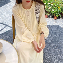 Dress Autumn 2020 White, beige Average size longuette singleton  Long sleeves commute Crew neck Loose waist Solid color Socket other routine Others 18-24 years old Korean version 31% (inclusive) - 50% (inclusive) other other