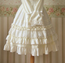 skirt Spring 2015 Average size Black, off white, off white (65cm), black (65cm) Middle-skirt Sweet Princess Dress Solid color 18-24 years old DWY-05 81% (inclusive) - 90% (inclusive) Chiffon hemp Pleats, lace Lolita