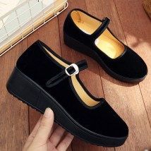 Low top shoes 33 34 35 36 37 38 39 40 41 42 Jingsheng Red and black Round head Muffin bottom Suede Shallow mouth Middle heel (3-5cm) cloth Fall 2017 Flat buckle commute Injection pressure shoes Solid color polyurethane Cloth shoes Shallow slope with muffin and waterproof platform cloth