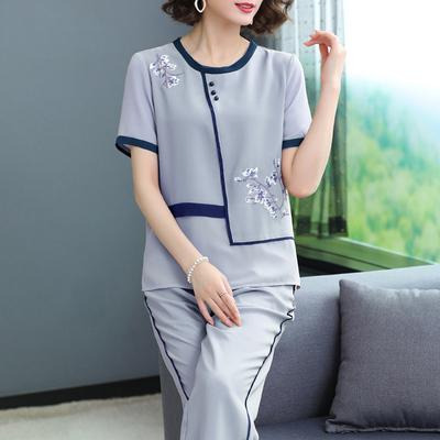 Middle aged and old women's wear Summer 2020 Blue, pink 2XL (recommended 110-125 kg), XL (recommended below 110 kg), 3XL (recommended 125-140 kg), 4XL (recommended 140-155 kg) fashion suit easy Two piece set Broken flowers 40-49 years old Socket thin Crew neck routine routine Other / other polyester