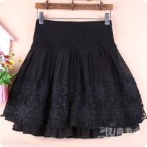 skirt Winter of 2019 M11 is for a waist of 1'9 to 2'1, L13 is for a waist of 2'2 to 2'4, XL15 is for a waist of 2'4 to 2'6 Black, black B Short skirt Versatile High waist Fluffy skirt Solid color Type A 91% (inclusive) - 95% (inclusive) Chiffon cotton