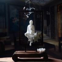 Ornaments ceramics character Modern Chinese Desktop Decoration study Taoyuan Haihui Lucky White jade three st