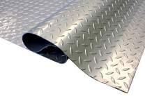 IncStores Standard Grade Nitro Garage Roll Out Floor Protecting Parking Mats (Diamond 5' x 12')