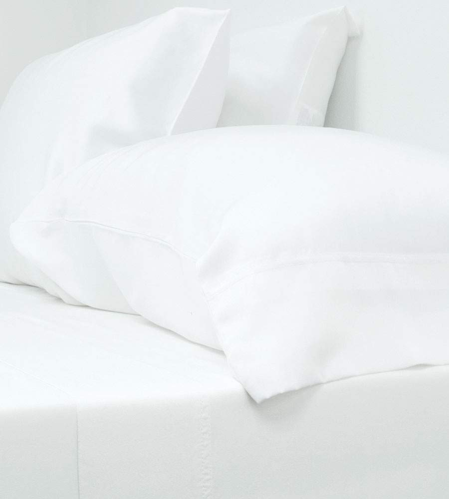 Cariloha Classic Bamboo Sheets | 4 Piece Sheet Set | 100% Viscose from Bamboo Breathable Sheets | Soft Twill Weave, Odor Resistant, Hypoallergenic, Eco-Friendly, Cooling Sheets (Full, White)