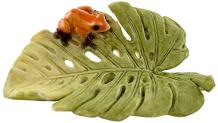 Top Collection Miniature Fairy Garden and Terrarium Statue, Red Frog on Fern Leaf
