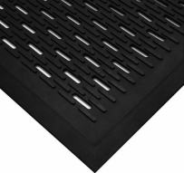 """Wearwell Natural Rubber 224 UpFront Scraper Grease Resistant Mat, Slotted, for Outdoor Entrances, 3' Width x 5' Length x 5/16"""" Thickness, Black"""