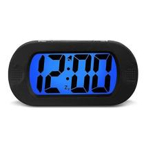 HENSE Large LCD Display Digital Smart Light Alarm Clock,Snooze/Nightlight Backlight Light Sensor Travel Home Bedside Alarm Clock,Battery Operated,Shockproof, Ideal Gift for Kids/Teens HA30(Black)