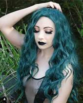 Sapphirewigs Long Green Color Natural Water Wave Silky Soft Hair Natural Hairline Women Blogger Celebrity Makeup Wedding Party Cosplay Gift Glueless Synthetic Lace Front Daily Wigs