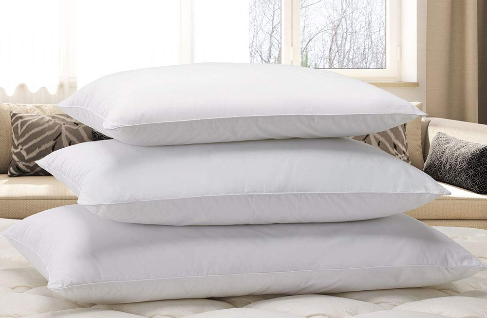 """Courtyard by Marriott Down Alternative Eco Pillow - Soft, Eco-Friendly Pillow with 100% Recycled Fill - Exclusively for Courtyard Hotels - Queen (20"""" x 30"""")"""