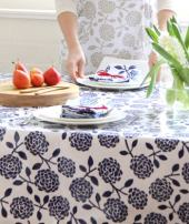 Dandi 10 Seater Oilcloth Tablecloth, Hydrangea Navy