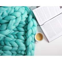 Chunky Knit Blanket for Bed Super Soft Chunky Knit Throw Blanket Chunky Knit Blanket for Your Bed Or Sofa Decor A Beautiful Chunky Blanket for Any Room (Light Green, 59x78.7 Inch)