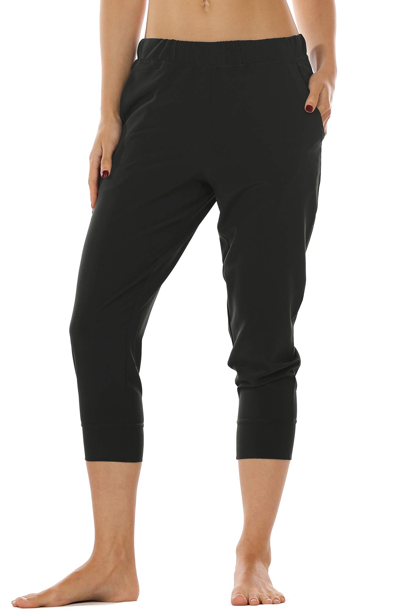 icyzone Lightweight Joggers Pants for Women - Athletic Workout Outdoor Lounge Woven Capri Pants with Pockets