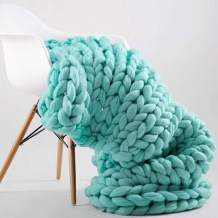 Chunky Knit Blanket for Bed Super Soft Chunky Knit Throw Blanket Chunky Knit Blanket for Your Bed Or Sofa Decor A Beautiful Chunky Blanket for Any Room (Light Green, 39.4x78.7 Inch)