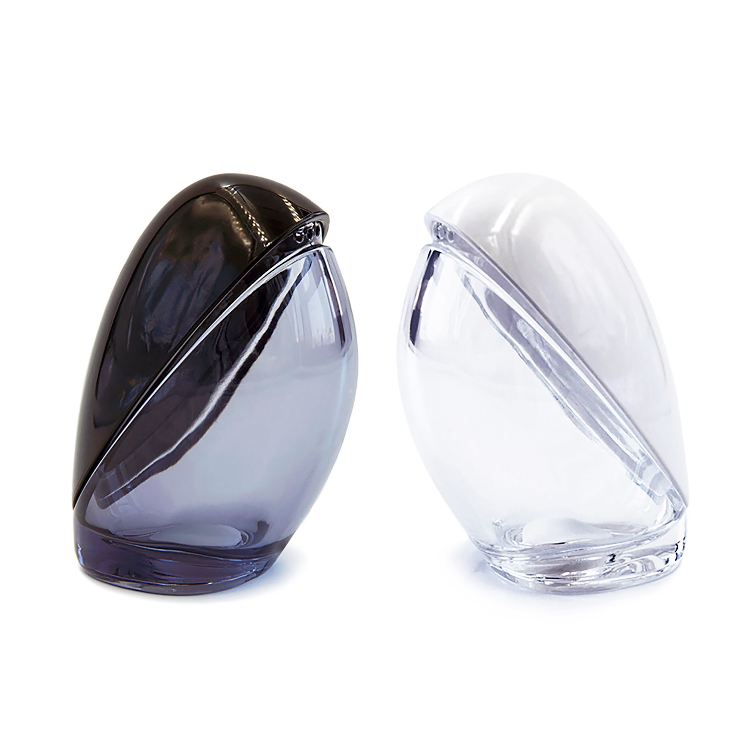 Briiith Salt and Pepper Shakers set-Black and White