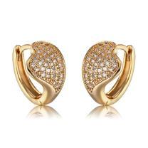 Richapex 18K Gold Plated Brass Earrings Cubic Zirconia Inlaid Heart Hoop Earrings