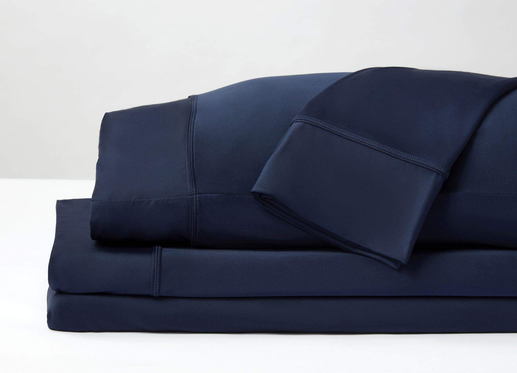 SHEEX - Original Performance Sheet Set with 2 Pillowcases, Ulta-Soft Fabric Transfers Heat and Breathes Better Than Traditional Cotton - Navy, Full