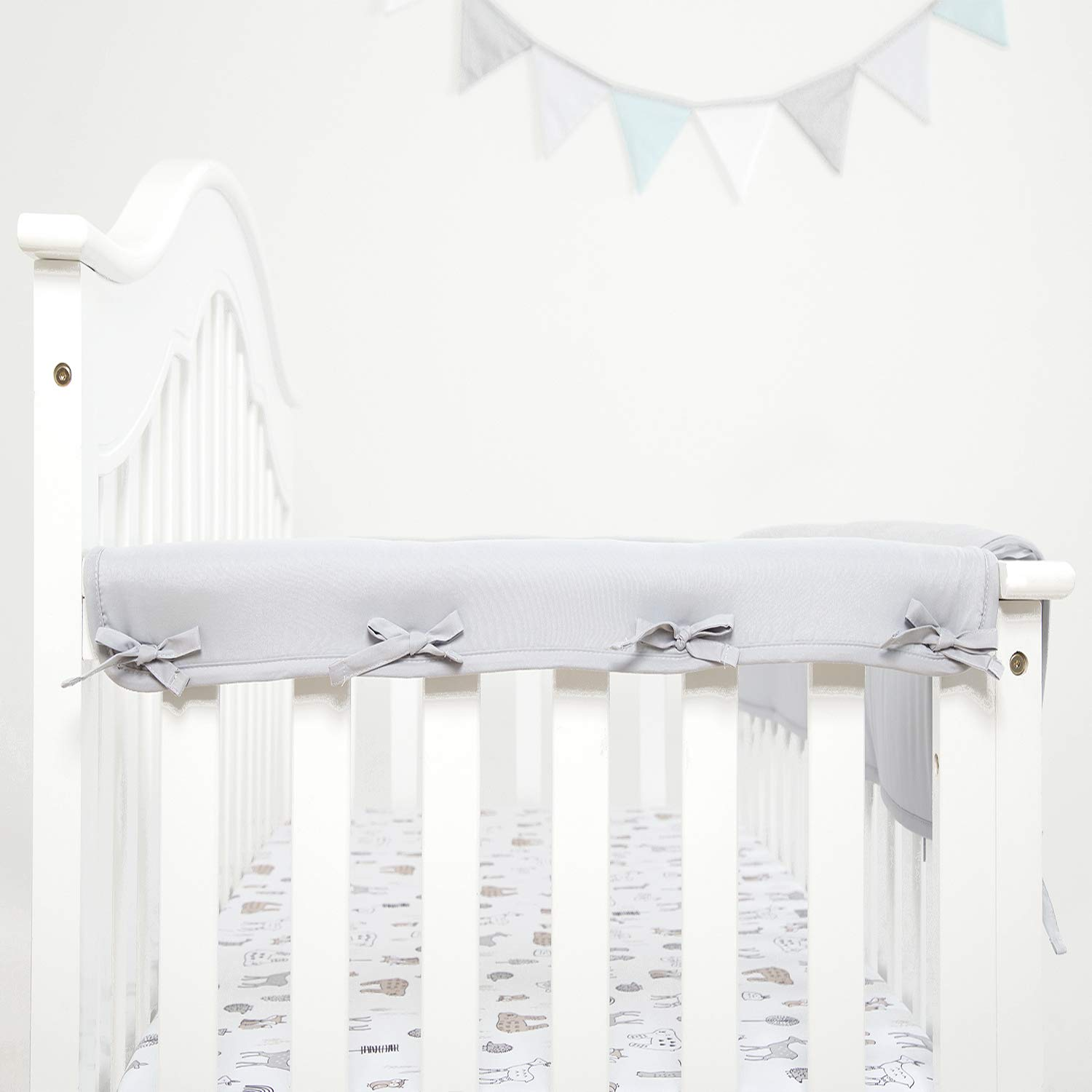 """TILLYOU 2-Pack Padded Baby Crib Rail Cover Protector Safe Teething Guard Wrap for Narrow Side Crib Rails(Measuring Up to 8"""" Around), 100% Silky Soft Microfiber Polyester, Reversible, Pale Gray/White"""
