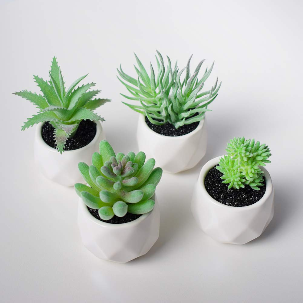 ECOOPTS Artificial Topiaries Pots Plants Mini Plant Potted Plastic in Pots Fake Lifelike Buxus Flower Green Decoare for Home Decore Indoor Outdoor Decoration 1 Pack