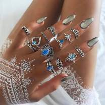 Twinklede Boho Finger Ring Set Silver Rhinestone Joint Knuckle Rings Hollow Carved Stackable Ring for Women and Girls
