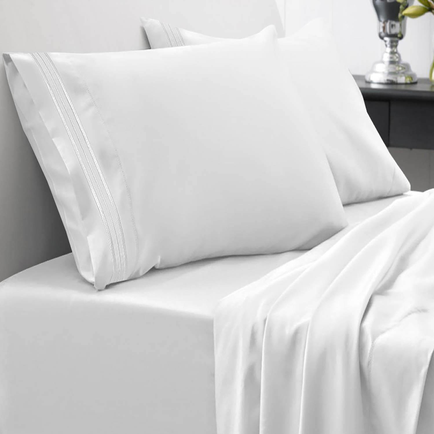 1800 Thread Count Sheet Set – Soft Egyptian Quality Brushed Microfiber Hypoallergenic Sheets – Luxury Bedding Set with Flat Sheet, Fitted Sheet, 2 Pillow Cases, California King, White