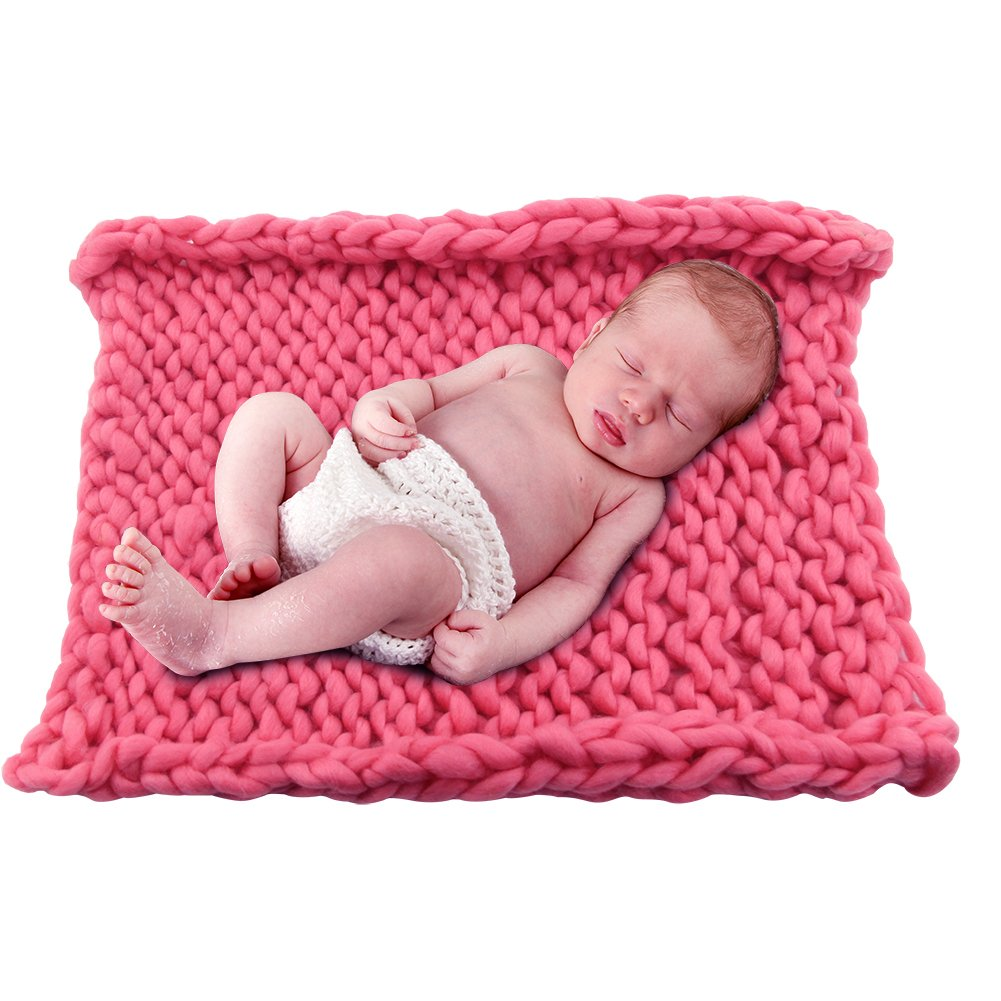 """Play Tailor Chunky Knit Blanket for Newborn Photography Props Baby Photo Backdrop Rugs Newborn Basket Filler (19.7""""x19.7"""", Rose Red)"""